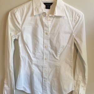 MODA International XS White Fitted Button Down Top